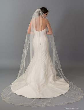 Bel Aire Bridal Veils V7413C - 1-tier cathedral veil with scalloped edge and silver embroidery