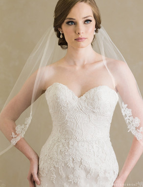 Bel Aire Bridal Veils V7384 - 1-tier fingertip veil with narrow horsehair edge and lace