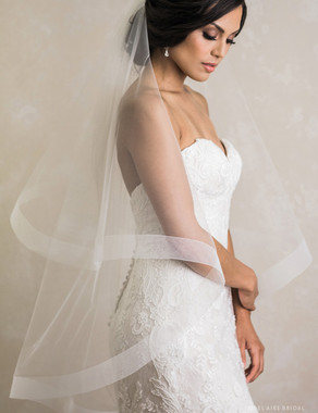 "Bel Aire Bridal Veils V7388 - 2-tier fingertip foldover veil with 2"" wide horsehair edge"