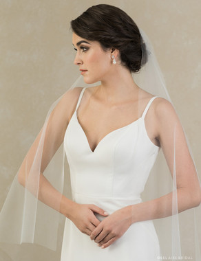 Bel Aire Bridal Veils V7397 - 1-tier cascading  veil of soft luxe tulle with square corners