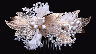 En Vogue Bridal Comb HC1738 - Rhinestone Accents