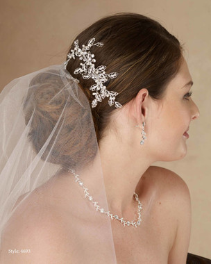 Marionat Bridal 4693 Metal leaf clip with rhinestone and pearls - Le Crystal Collection