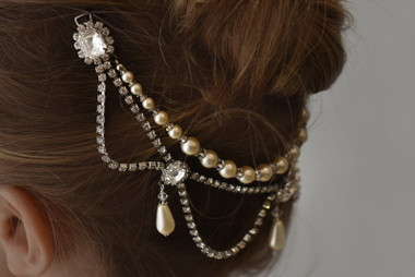 Erica Koesler  A-5587 -  Pearl & crystal hair chain