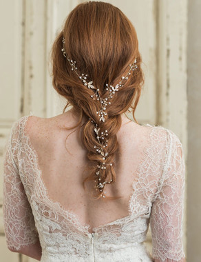 Bel Aire Bridal 6753 - Hair vine of wired pearl sprays and tiny metal leaves