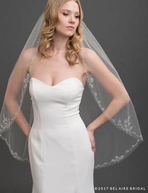 Bel Aire Bridal Veils V7434 - 1-tier fingertip veil with sparkling design of marquise rhinestones