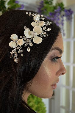 Ansonia Bridal 8771 - Enamel Flower With Crystal & Rhinestone Spray Comb
