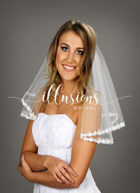 """Illusions Bridal Veils Style Number: C7-202-6L  - 15""""x20 #6 lace (72""""wide veil, circular, 1/2"""" lace)."""