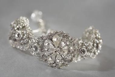 Erica Koesler Jewelry - Style J-9158