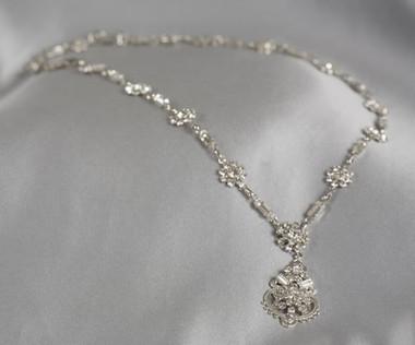 Erica Koesler Jewelry - Style J-9172