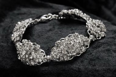 Erica Koesler Jewelry - Style J-9298