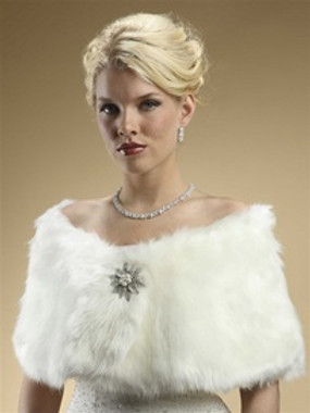 Mariell Faux Fur Bridal Wrap with Ivory Cr̬eam Fox Style 116