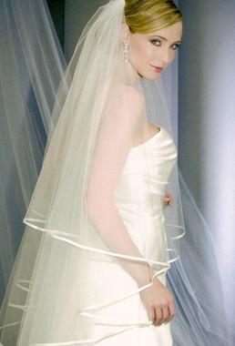 Bel Aire Bridal Wedding Veil V7094F- Fingertip Veil