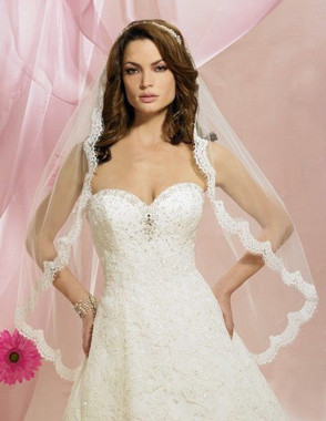 Symphony Bridal Veil - Style 5627VL - One Tier Lace with Scallop Edge