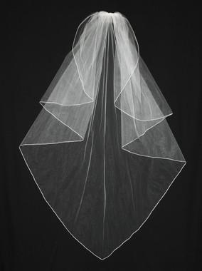 En Vogue Bridal Veil - Style V63CF-Angel cut veil with soutache edge