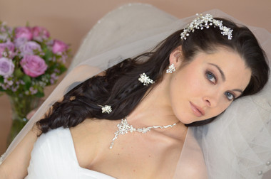 Ansonia Bridal 8572 - Stone and Pearl Floral Comb