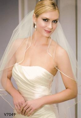 Bel Aire Bridal Wedding Veil V7049 - One Tier Fingertip Cascading Corded Edge