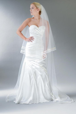 Erica Koesler Wedding Veil 833-100 - Organza Ribbon Edge