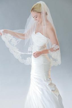 Erica Koesler Wedding Veil 835-40 - Scallop Lace w/ Ribbon Edge