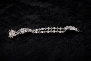 Erica Koesler Bracelet J-9360 - Pearl & Rhinestones