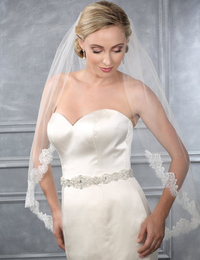 Bel Aire Bridal Wedding Veil V7209 - One Tier Fingertip Cut Edge w/ Chantilly Lace