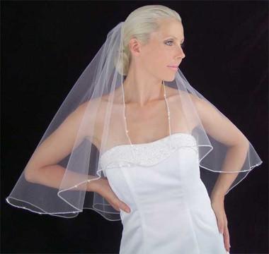 LC Bridal Style V2066-520 - One Tier Fingertip w/ Rhinestones Edge & Square Corners