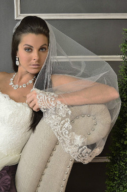 Ansonia Bridal Veil Style 621S - One Tier Fingertip - Lace Edge