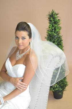Ansonia Bridal Veil Style 623 - One Tier Fingertip Length w/ Pearl Design Edge