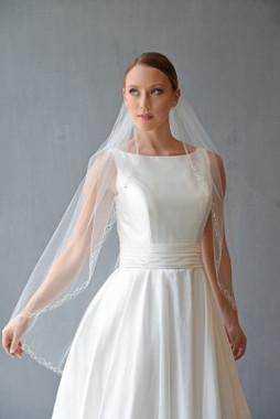 Erica Koesler Wedding Veil 860-40- Scrolling Edge Veil