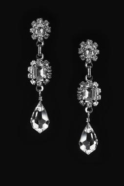 Erica Koesler Earring J-9402 - Rhinestone Emerald Earring