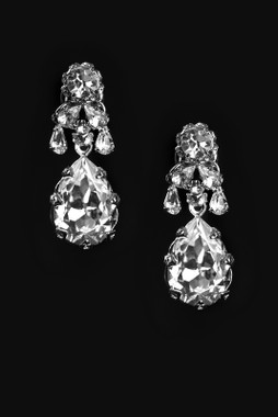 Erica Koesler Earring J-9405 - Rhinestone Earring