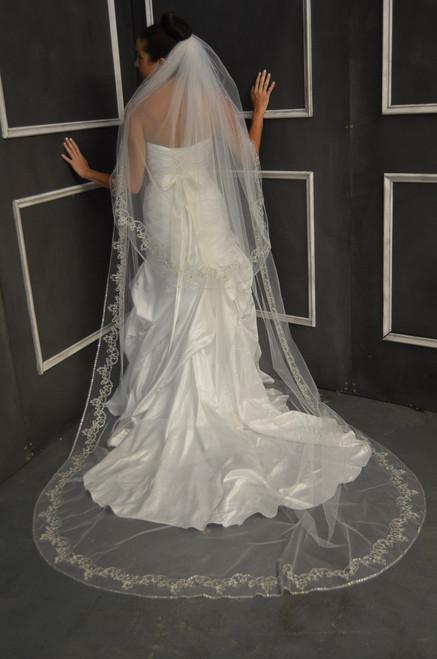 Astounding Elena Designs Wedding Veil Style E1149L