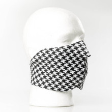 Houndstooth face mask