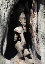Kulango Statue