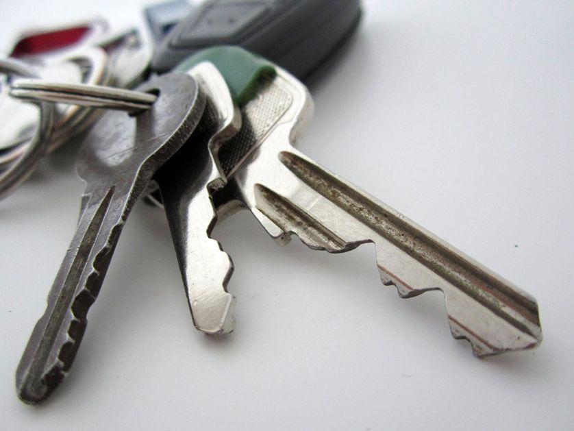 keys-on-ring-0001.jpg