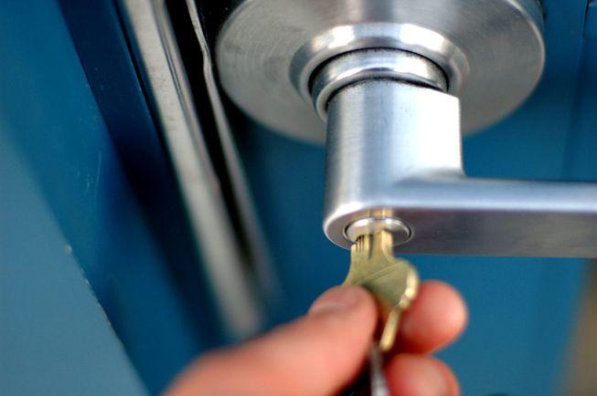 lock-and-key-door.jpg