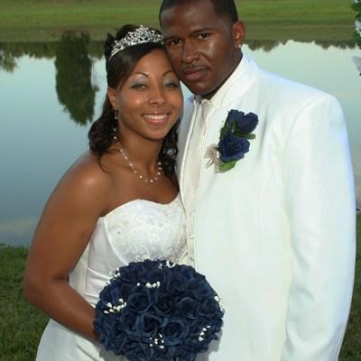 Navy Blue Silk Rose Hand Tie (3 Dozen Roses) - Bridal Wedding Bouquet