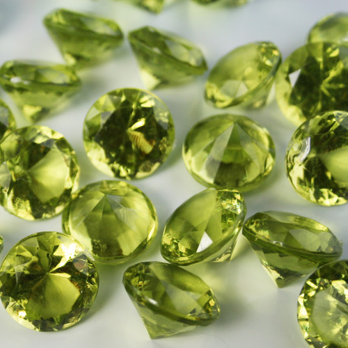 Diamond Confetti Table Decoration - 30 Carat Extra Large - 150 Pieces - Lime Green