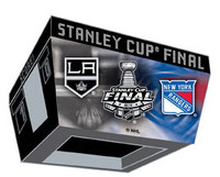 2014 Stanley Cup Finals Pin Kings vs. Rangers Dueling Pin