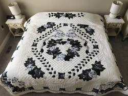 Country Love Applique Amish Quilt 95x109