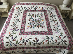 Breezy Leaf Applique Amish Quilt 99x110