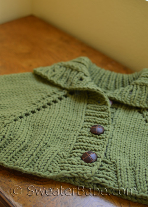Easy Turtleneck Capelet Knitting Pattern In Ggh Aspen Yarn From