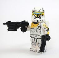 Commando Gregor - w/ Printed Backpack