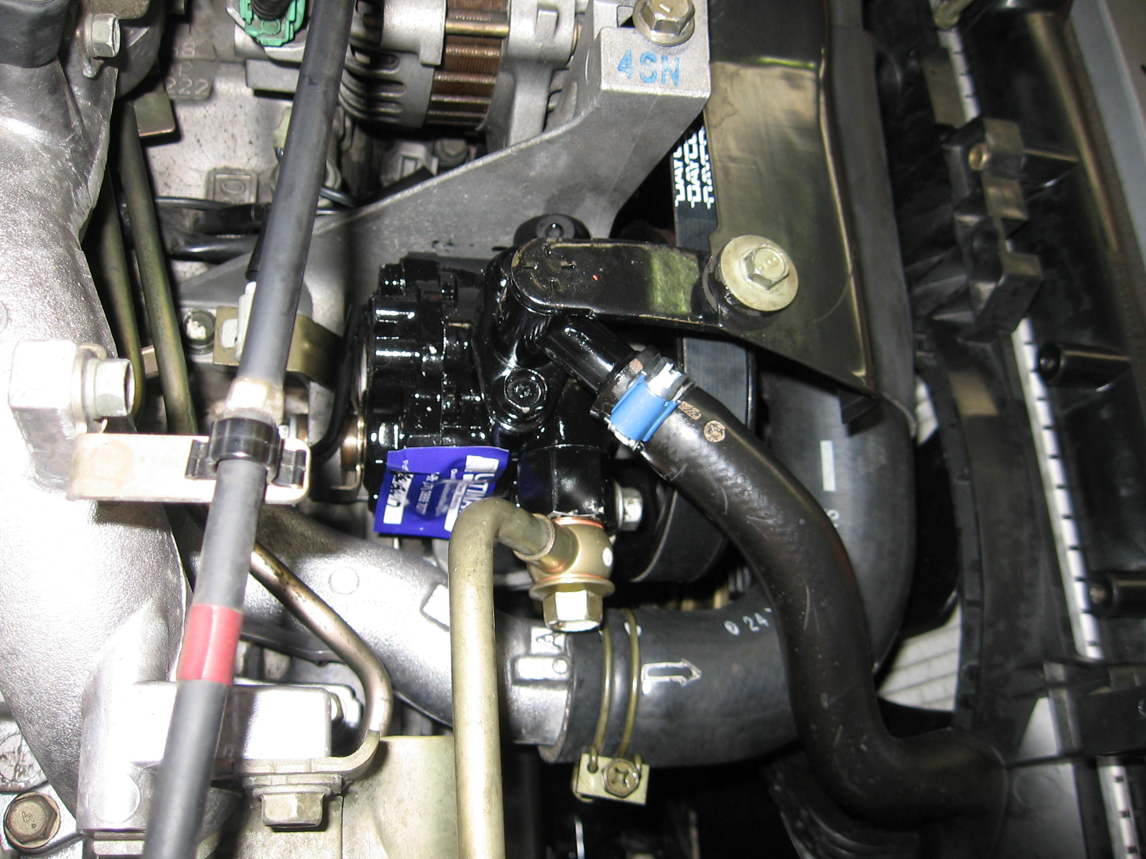 subaru-impreza-engine-bay-with-ultimate-pump-new-belt-fitted..jpg