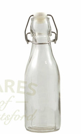 This small 100ml  swing top bottle is ideal for wedding favours.