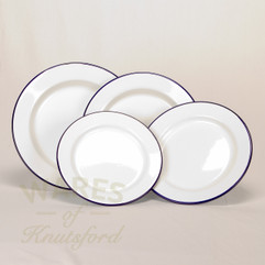 Falcon Enamel Flat Plates (Set of 4)