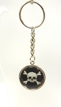 Enamel skull and cross bones key ring