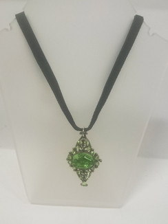 Gregory Bolton lime green pendant necklace