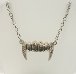 Rock Rebel Silver diamante vampire fang necklace