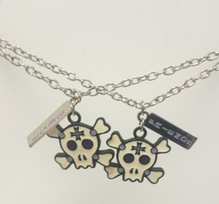 Best Friends purple/white twin skull necklace set