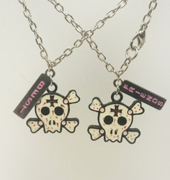 Best Friends pink/white twin skull necklace set
